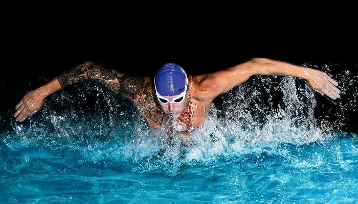 の コツ 平泳ぎ